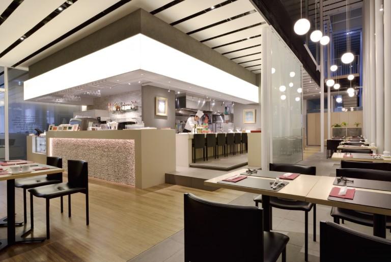 img-facility-restaurant